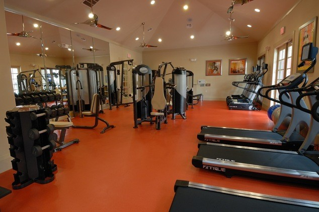 Fitness center apartment in the woodlands tx